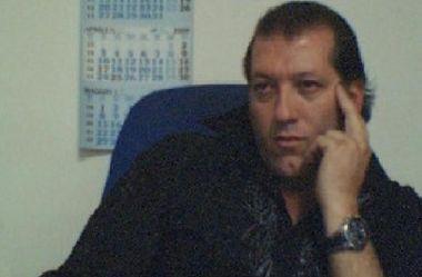 al_8805